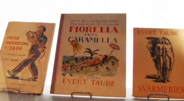 3 bokomslag av Evert